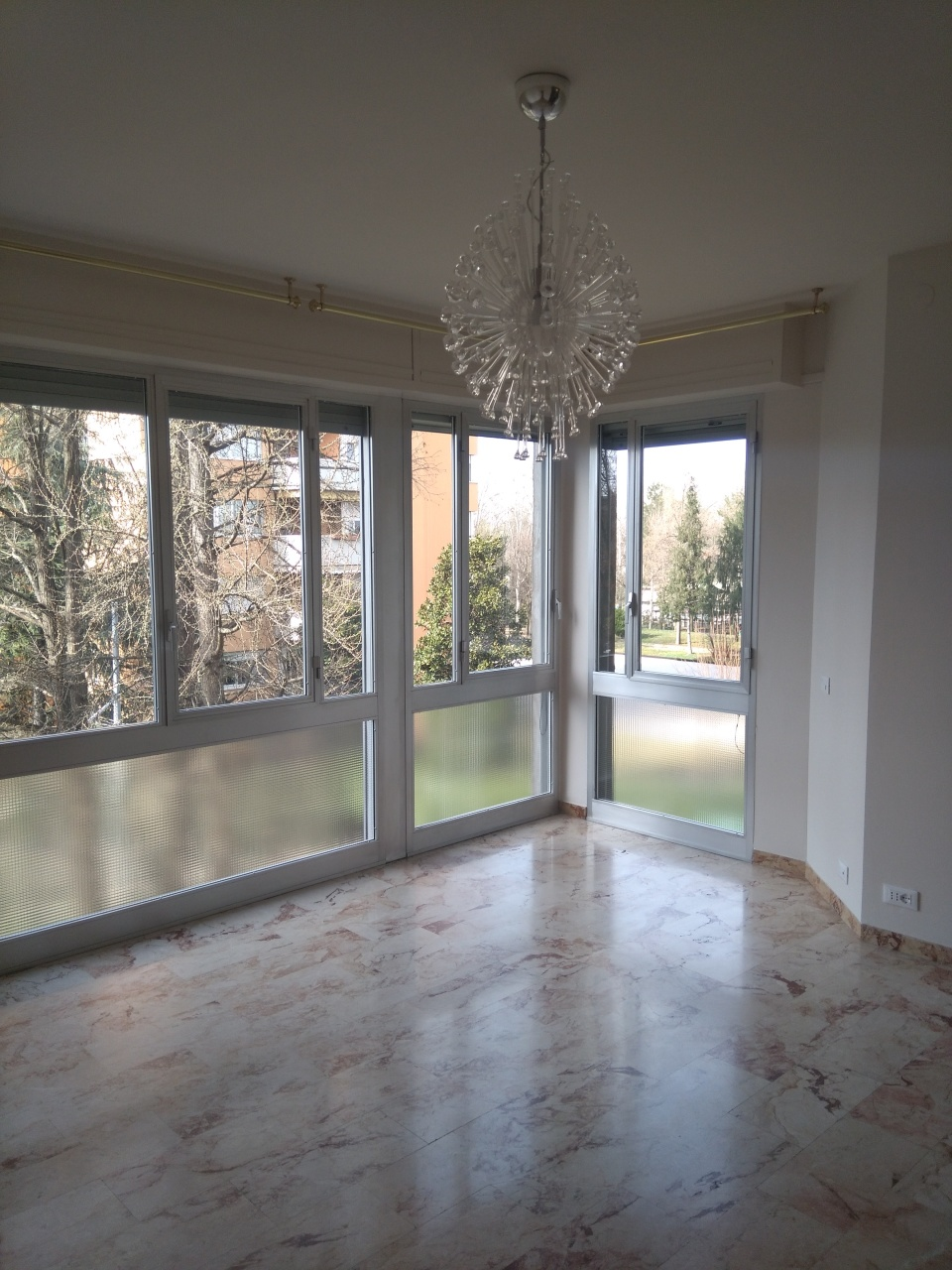 Bilocale in ottime condizioni in affitto Rif. 9841451