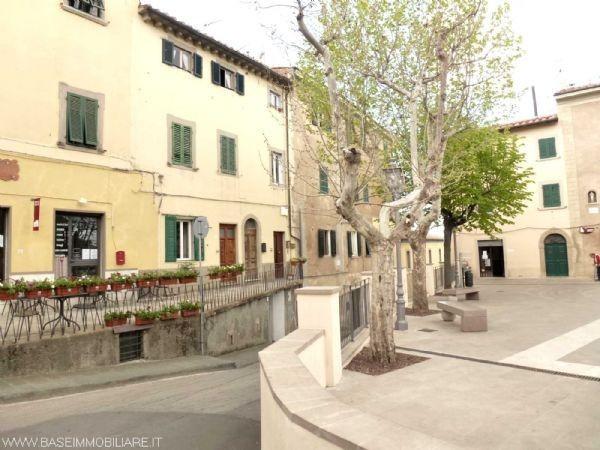 Appartamento in vendita a Castagneto Carducci, 3 locali, prezzo € 70.000   CambioCasa.it