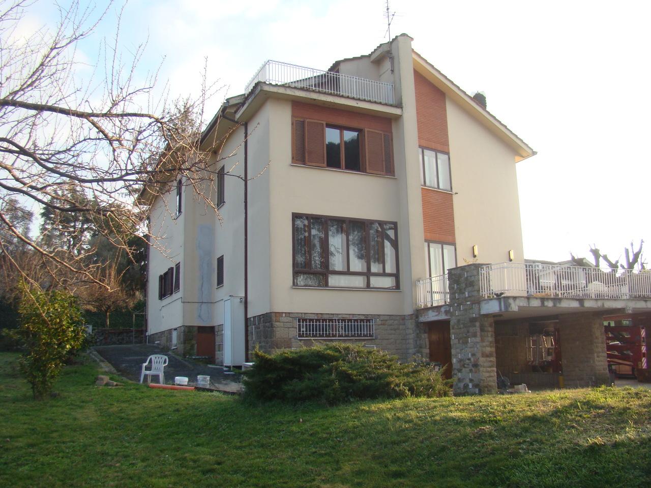 Villa da ristrutturare in vendita Rif. 11968302