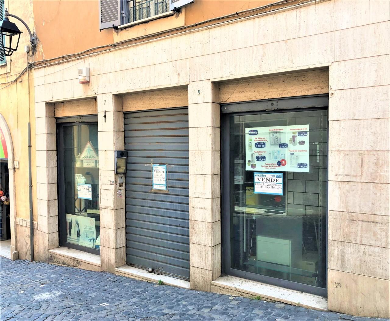 Locale commerciale - 3 Vetrine a Castel Madama Rif. 11034209
