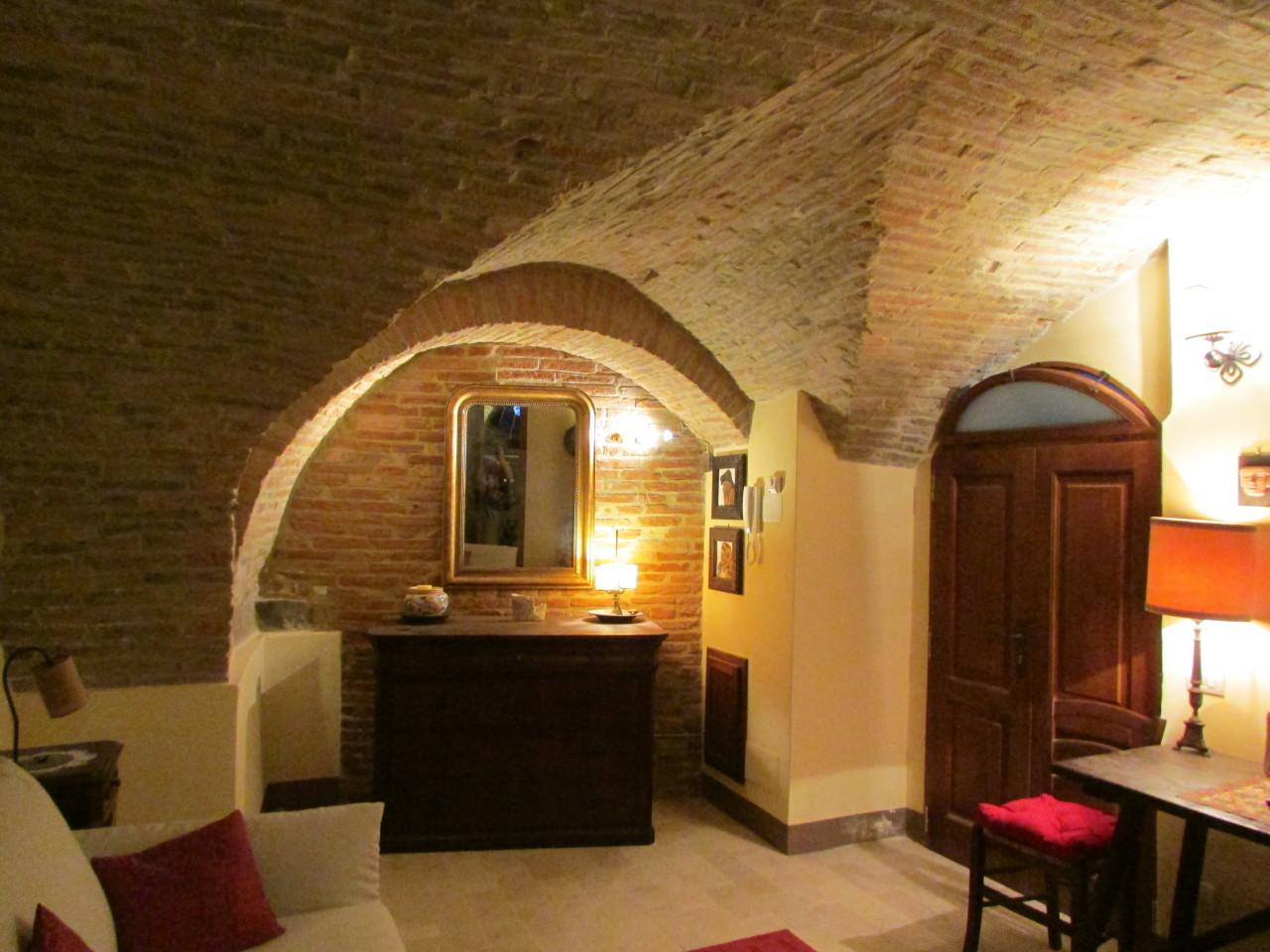 Appartamento ristrutturato in vendita Rif. 8859083