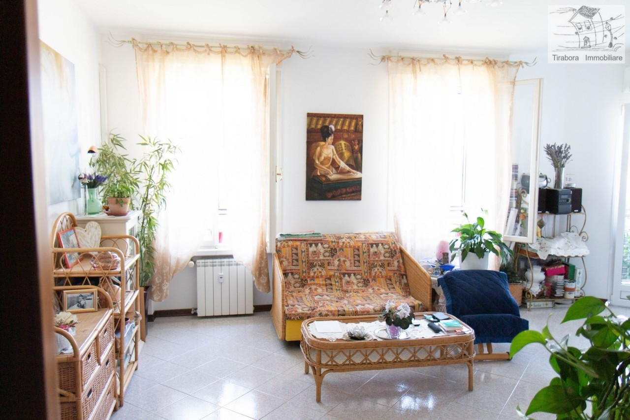Bilocale in ottime condizioni in vendita Rif. 11365396