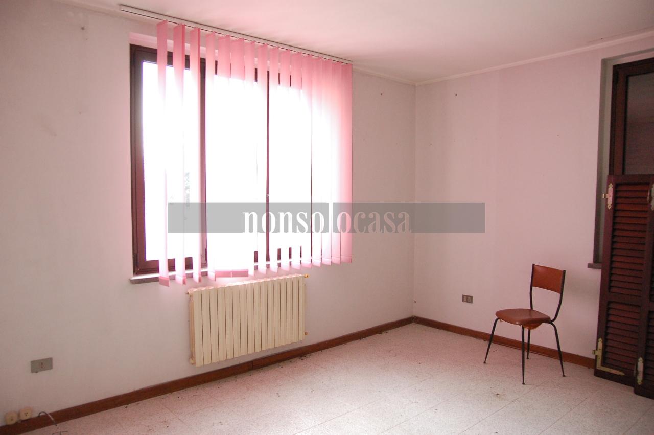 Appartamento in affitto a Deruta, 3 locali, prezzo € 380   CambioCasa.it