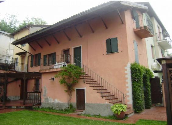 Casa Indipendente in buone condizioni in vendita Rif. 11754650