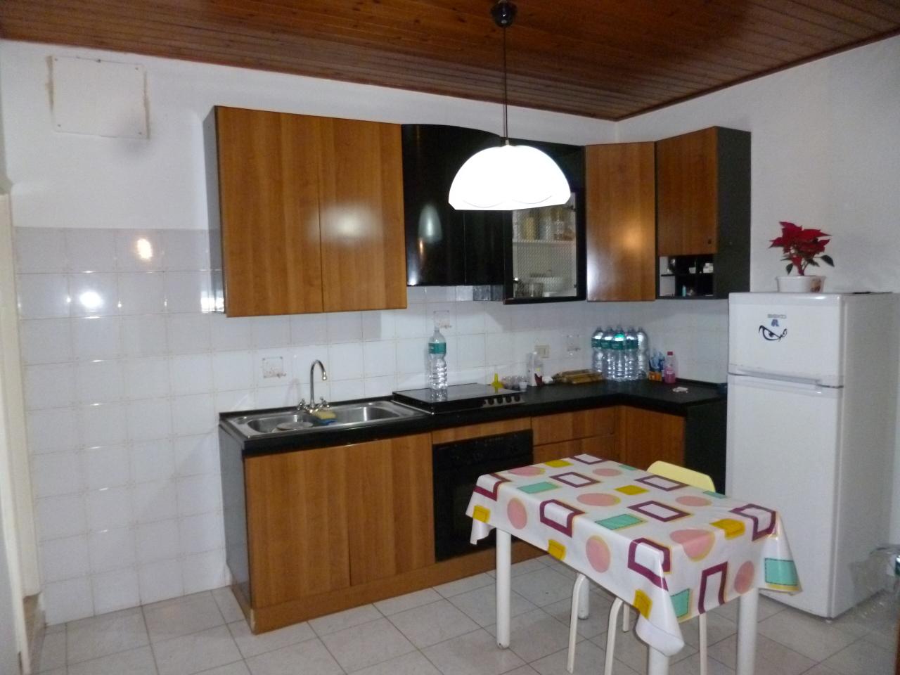 Casa Indipendente in ottime condizioni arredato in vendita Rif. 11881020