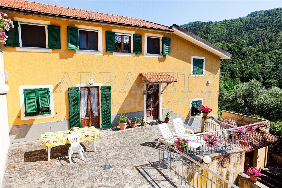 Appartamento - Plurilocale a Morasca, Castiglione Chiavarese