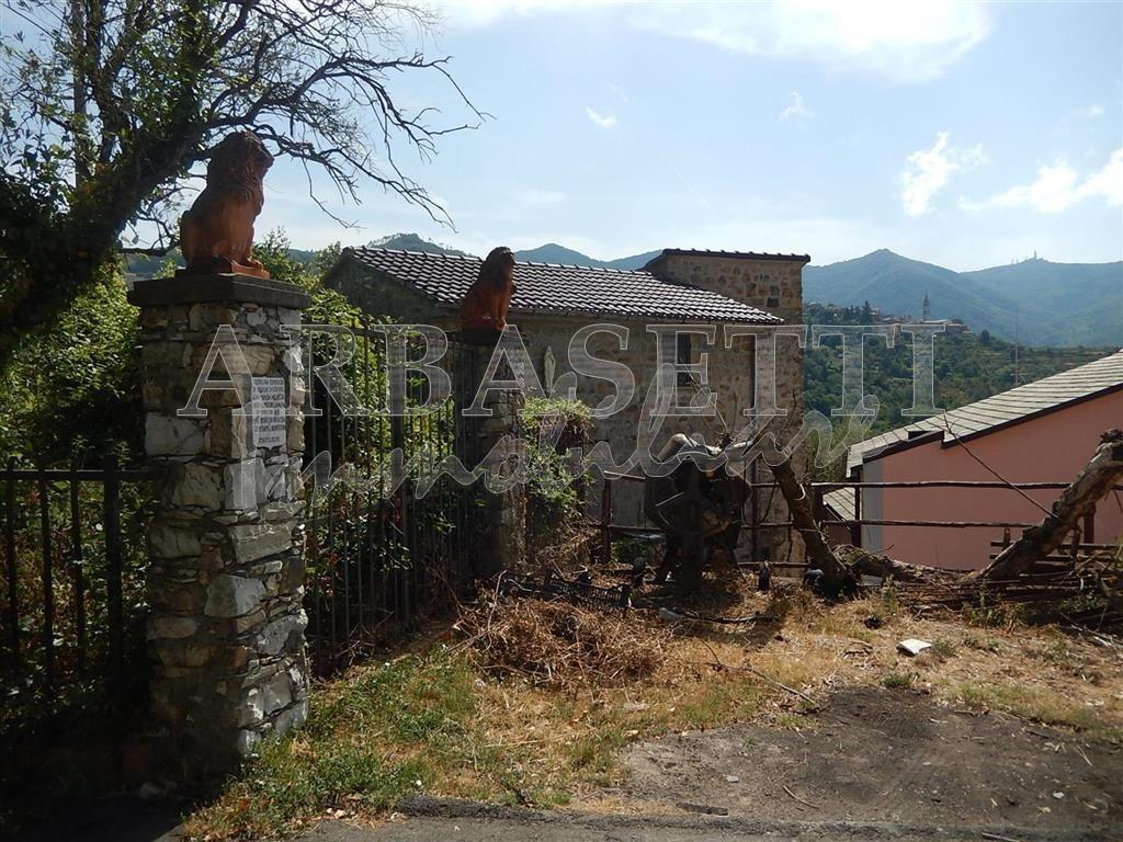 Rustico / Casale in discrete condizioni in vendita Rif. 4166579