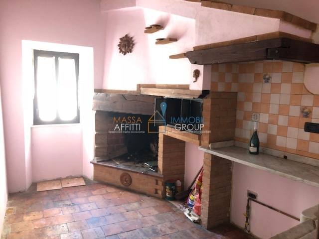 Casa Indipendente in buone condizioni in affitto Rif. 6594194