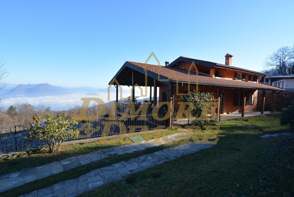 Villa in ottime condizioni in vendita Rif. 8884179