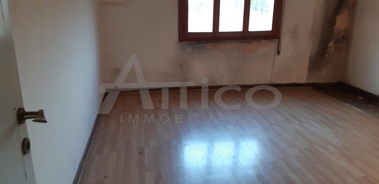 Appartamento - Pentalocale a Commenda Ovest, Rovigo