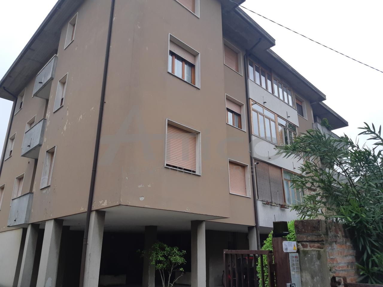 Appartamento - Quadrilocale a Centro città, Rovigo