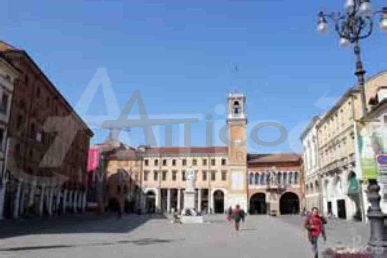 Locale commerciale - 1 Vetrina a Rovigo Rif. 4169525