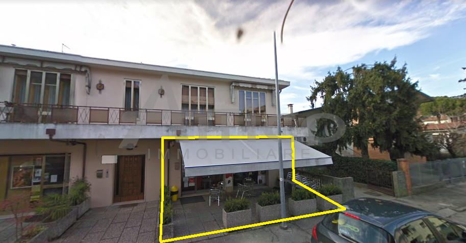 Locale commerciale - 2 Vetrine a Centro città, Rovigo Rif. 10140219