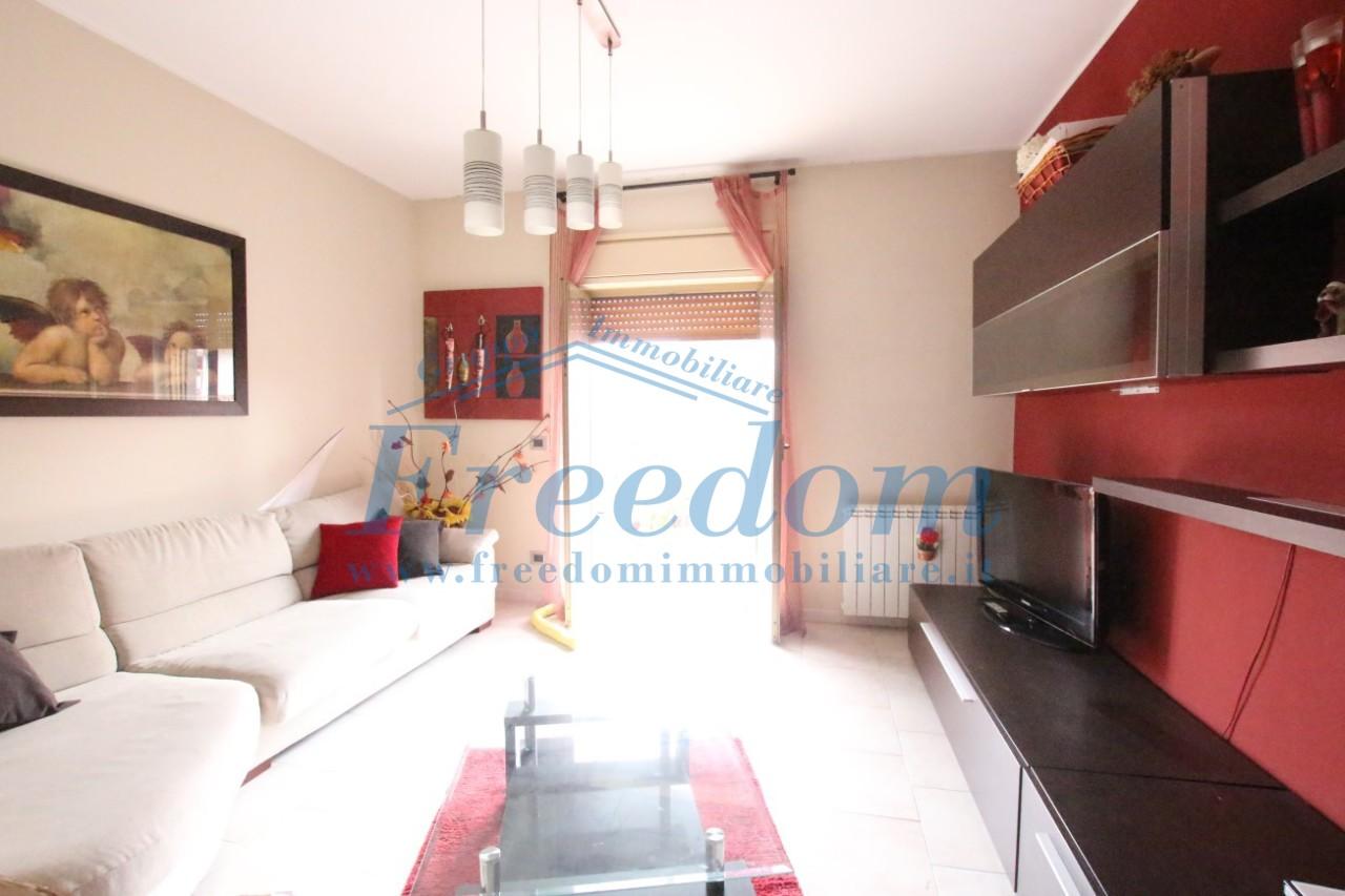 Appartamento in buone condizioni in vendita Rif. 7981193