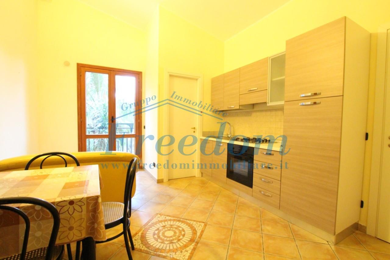 Appartamento in buone condizioni arredato in affitto Rif. 8253534
