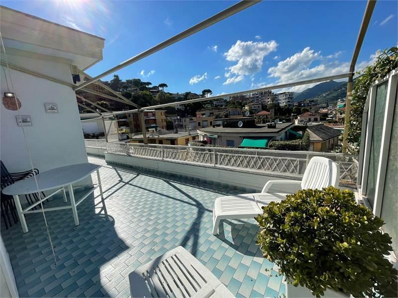 Attico / Mansarda in vendita a Rapallo, 7 locali, prezzo € 550.000 | PortaleAgenzieImmobiliari.it