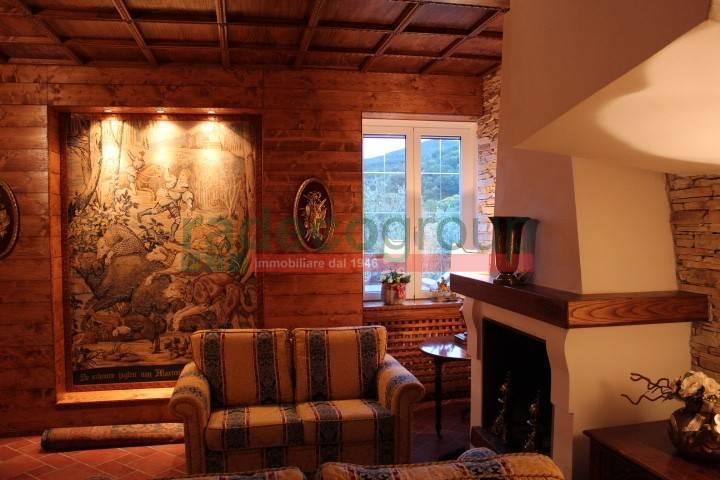 Villa arredato in vendita Rif. 7844135