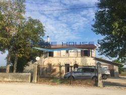 Casa Indipendente in Vendita a Ravenna, 180'000€, 400 m²