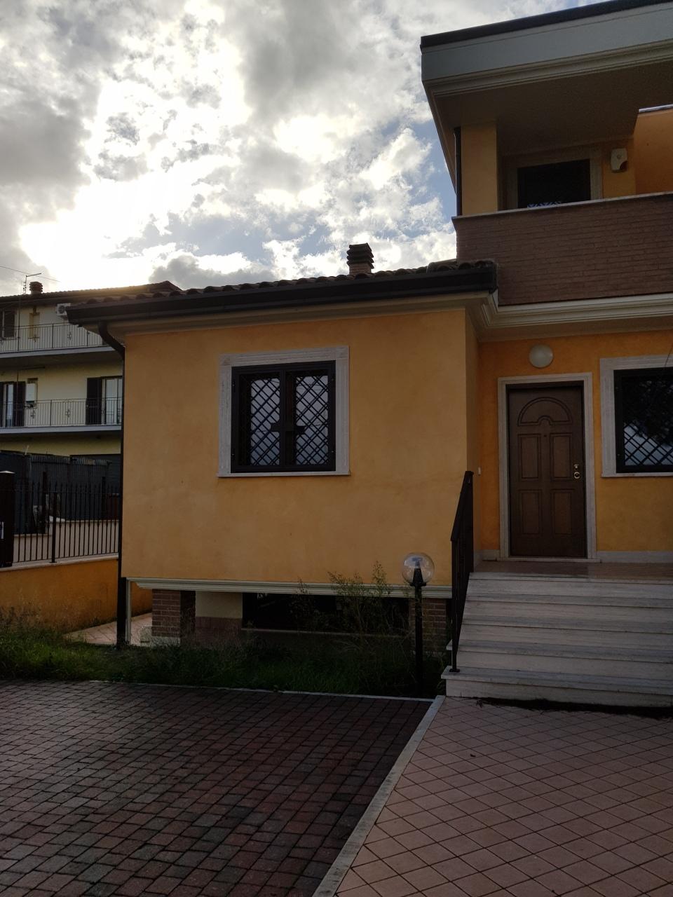Porzione di casa in vendita Rif. 6874682