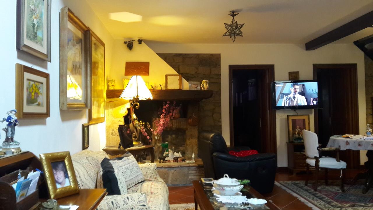 Casa Indipendente in ottime condizioni in vendita Rif. 11506710