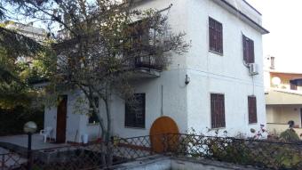 Palazzo / Stabile, Morlupo