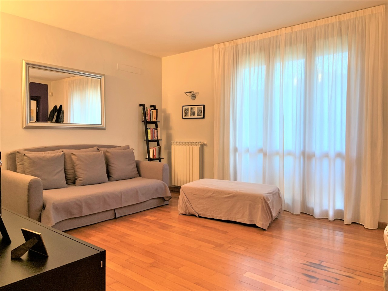 Casa Indipendente in ottime condizioni in vendita Rif. 11371059