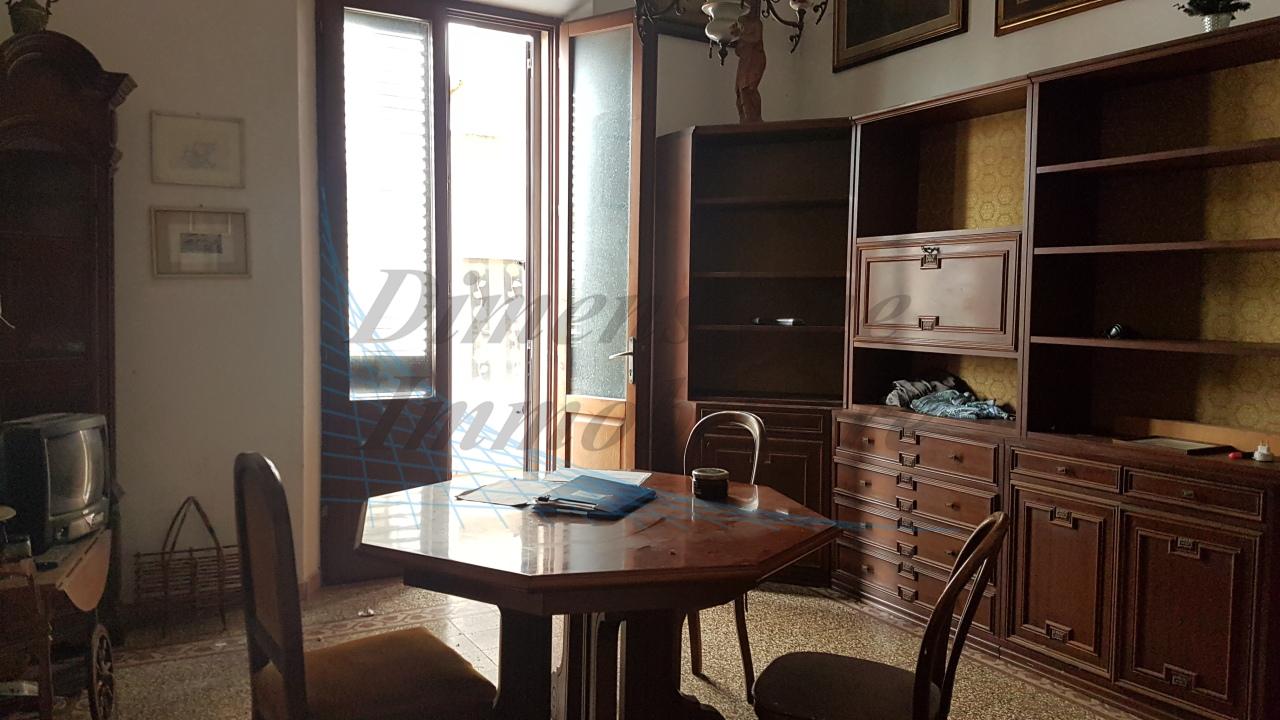 Casa Indipendente in discrete condizioni in vendita Rif. 8828277