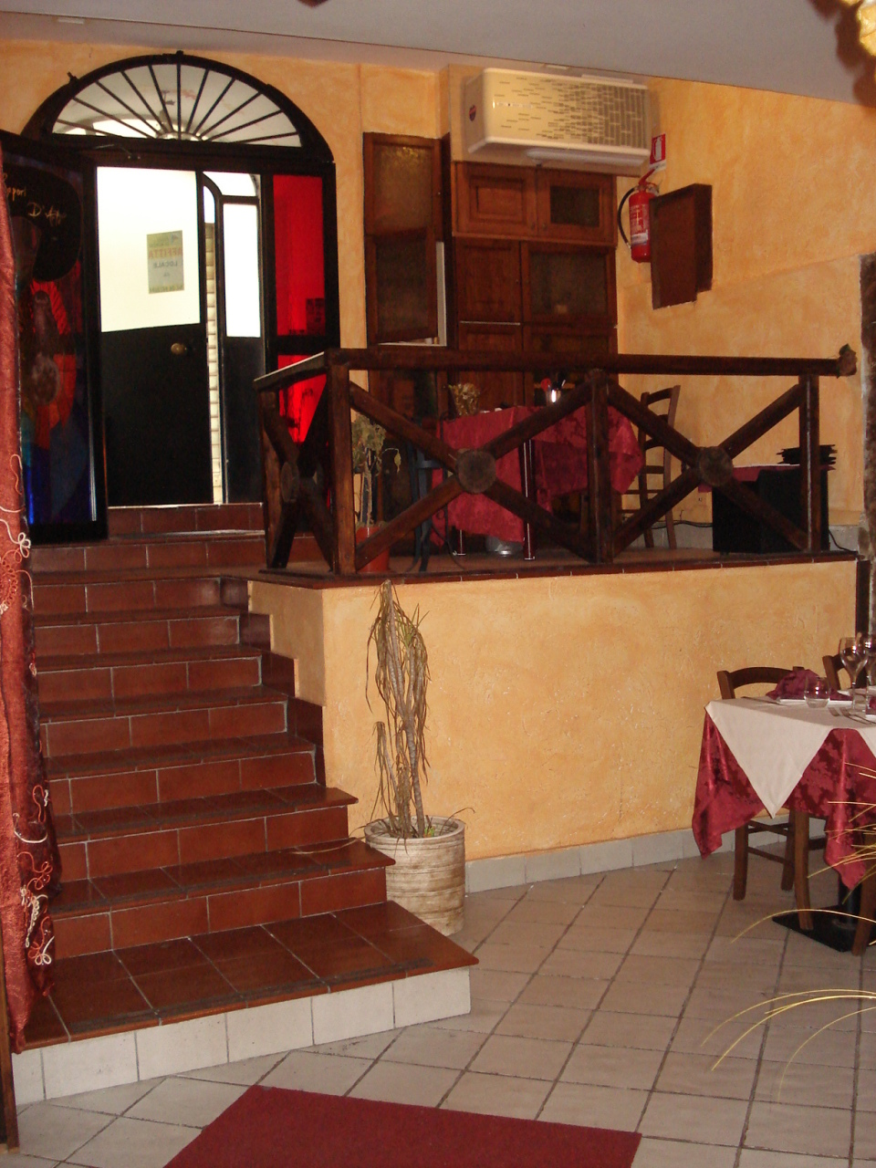 Locale commerciale a Frascati Rif. 11390194