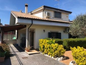 Rif.(G006) - Semindipendente, Guidonia Montecelio ...