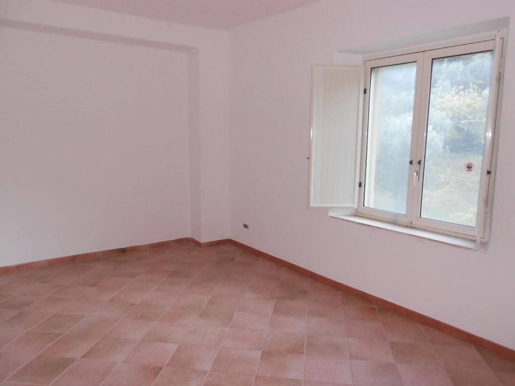 Casa Indipendente in buone condizioni in affitto Rif. 12389203
