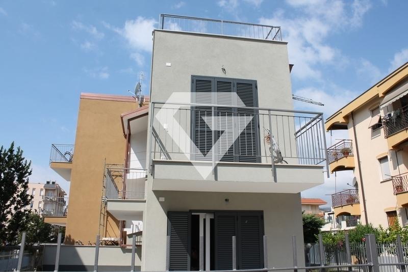 Appartamento in vendita a Pietra Ligure, 3 locali, prezzo € 199.000 | PortaleAgenzieImmobiliari.it