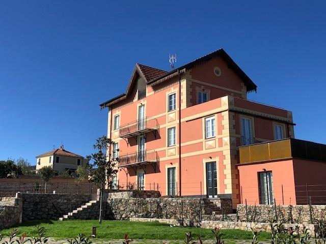 Attico / Mansarda in vendita a Loano, 9999 locali, prezzo € 419.000 | PortaleAgenzieImmobiliari.it