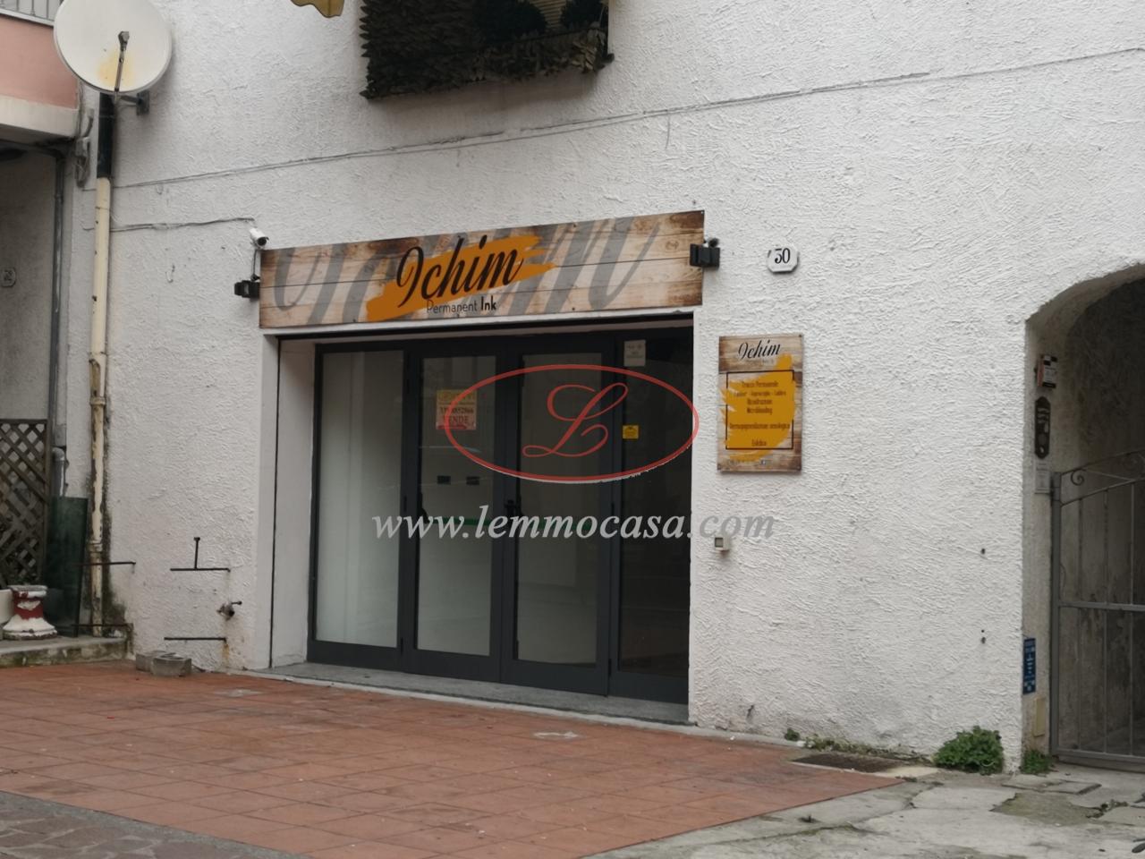 Negozio / Locale in vendita a Diano Marina, 9999 locali, prezzo € 195.000 | PortaleAgenzieImmobiliari.it
