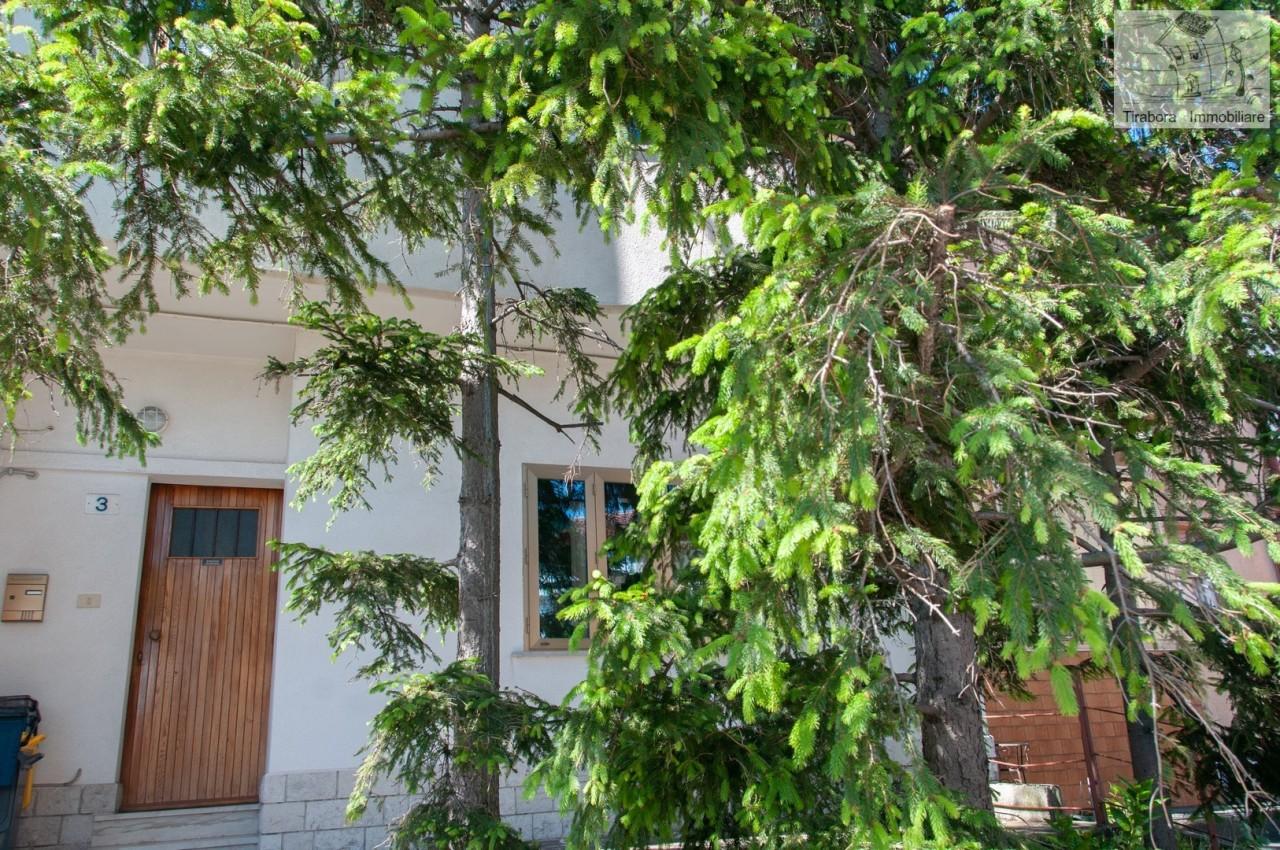 Casa Indipendente in buone condizioni in vendita Rif. 10244765