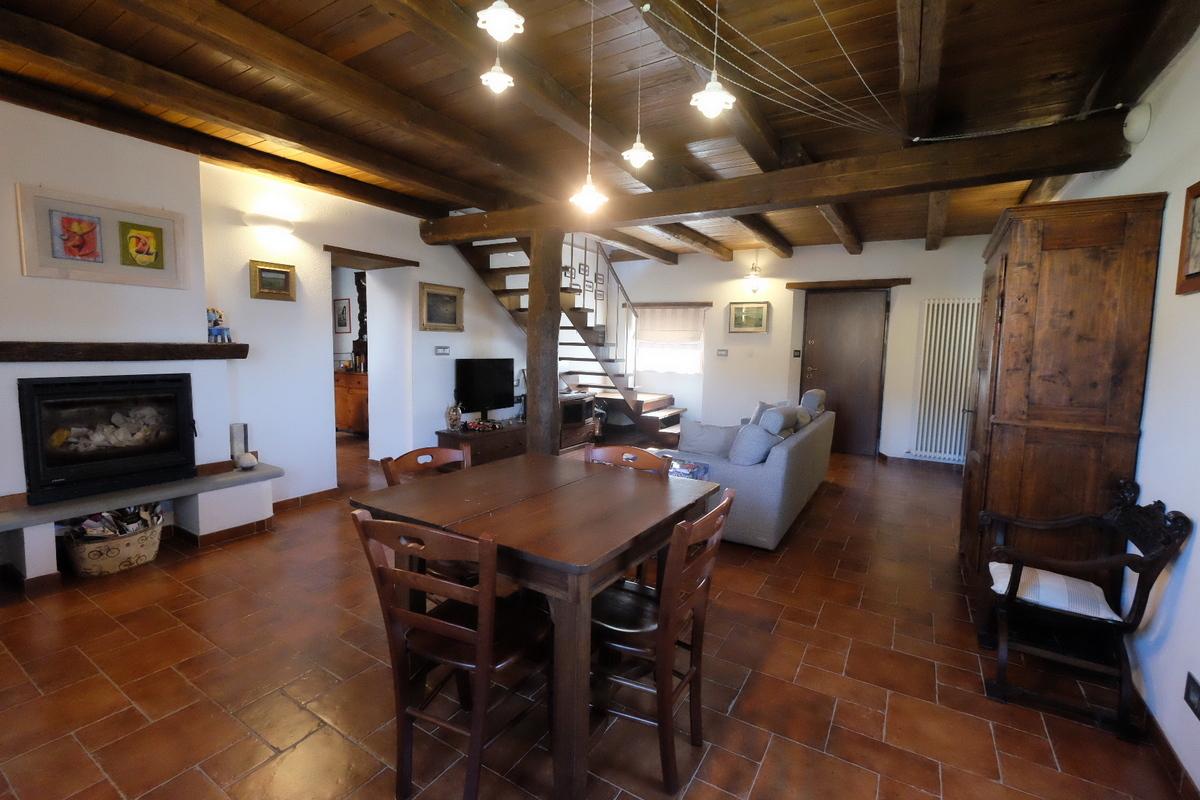 Rustico / Casale in vendita a Tiglieto, 10 locali, prezzo € 340.000   PortaleAgenzieImmobiliari.it
