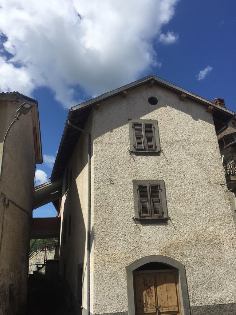 Soluzione Semindipendente in vendita a Mioglia, 10 locali, prezzo € 80.000 | PortaleAgenzieImmobiliari.it