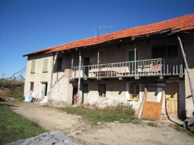 Rustico / Casale in vendita a Giusvalla, 7 locali, prezzo € 110.000 | PortaleAgenzieImmobiliari.it