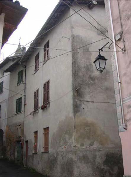 Casa Indipendente da ristrutturare in vendita Rif. 11455193