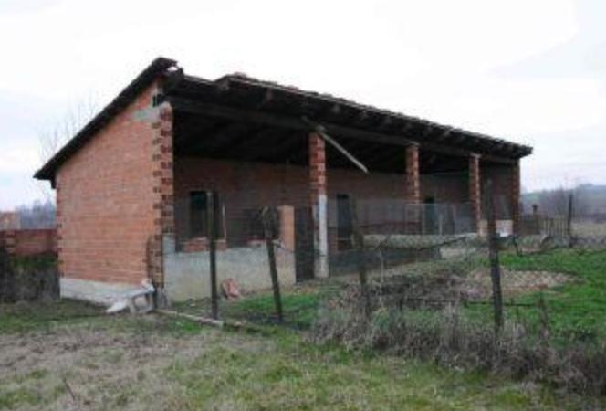 Villa in discrete condizioni in vendita Rif. 9821740