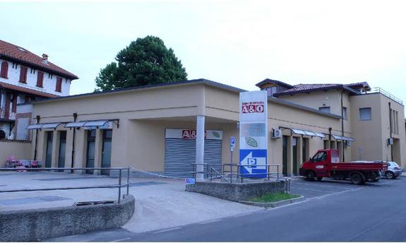 Locale commerciale - 1 Vetrina a Cambiago Rif. 11238098