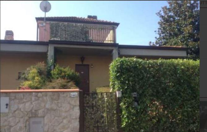 Villa in buone condizioni in vendita Rif. 11306527