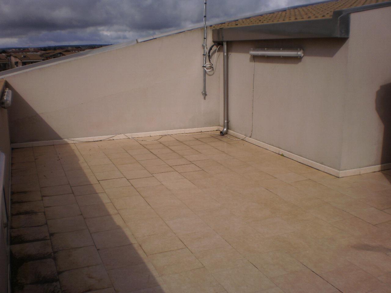 Attico / Mansarda in ottime condizioni in affitto Rif. 11915919
