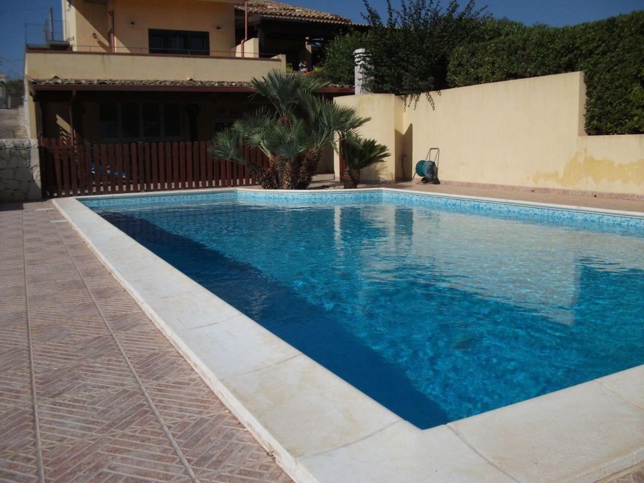 Villa in ottime condizioni in vendita Rif. 9511259