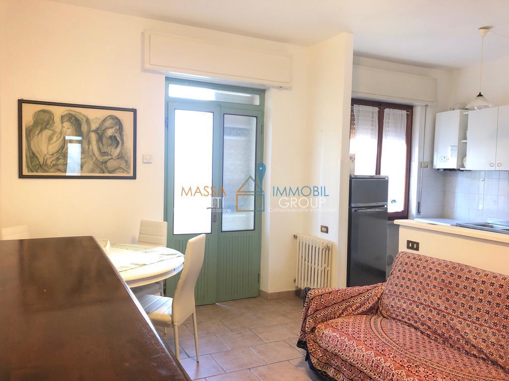 Casa Indipendente in buone condizioni arredato in affitto Rif. 8730197