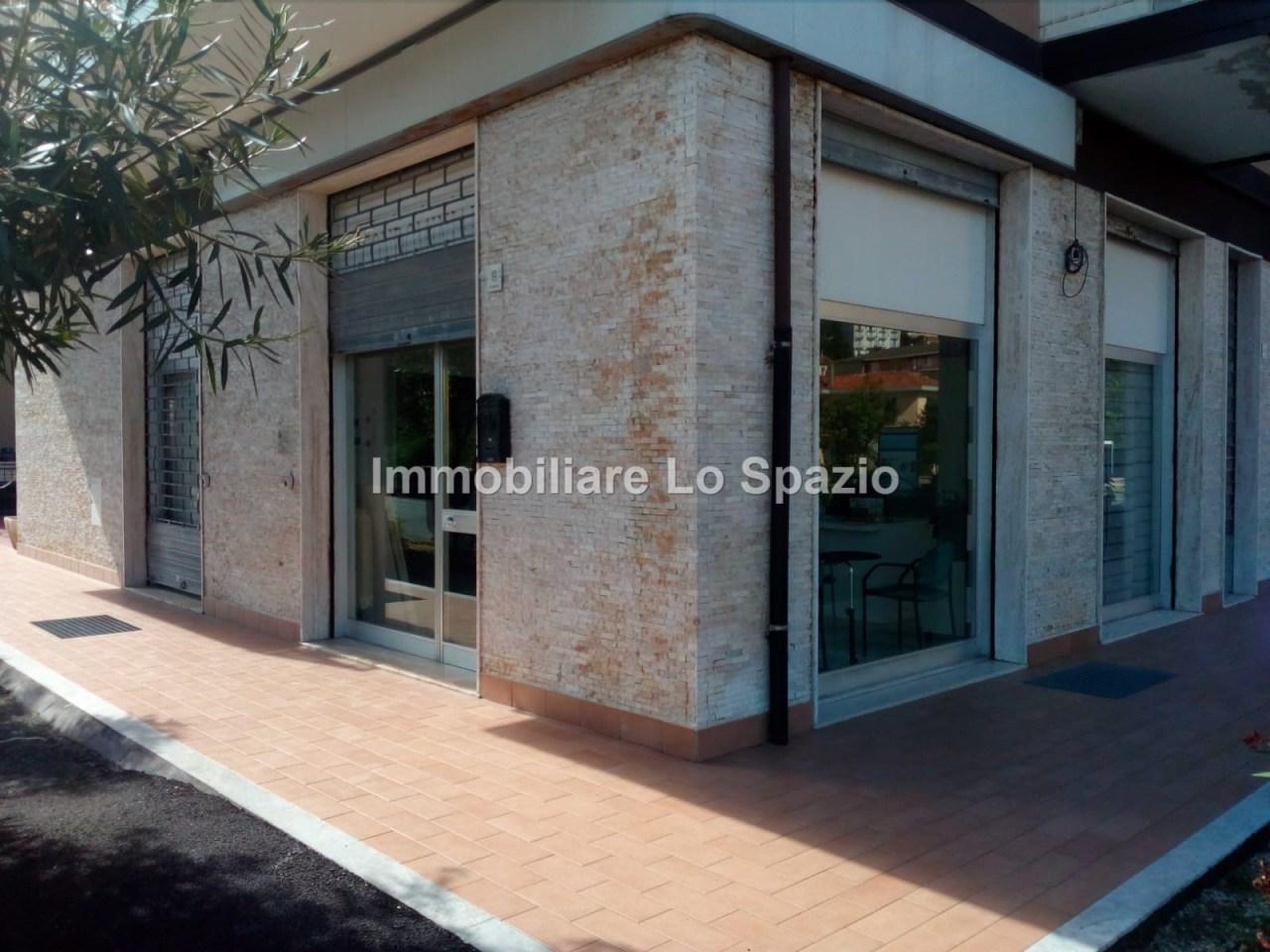 Negozio / Locale in vendita a Andora, 3 locali, prezzo € 180.000 | PortaleAgenzieImmobiliari.it