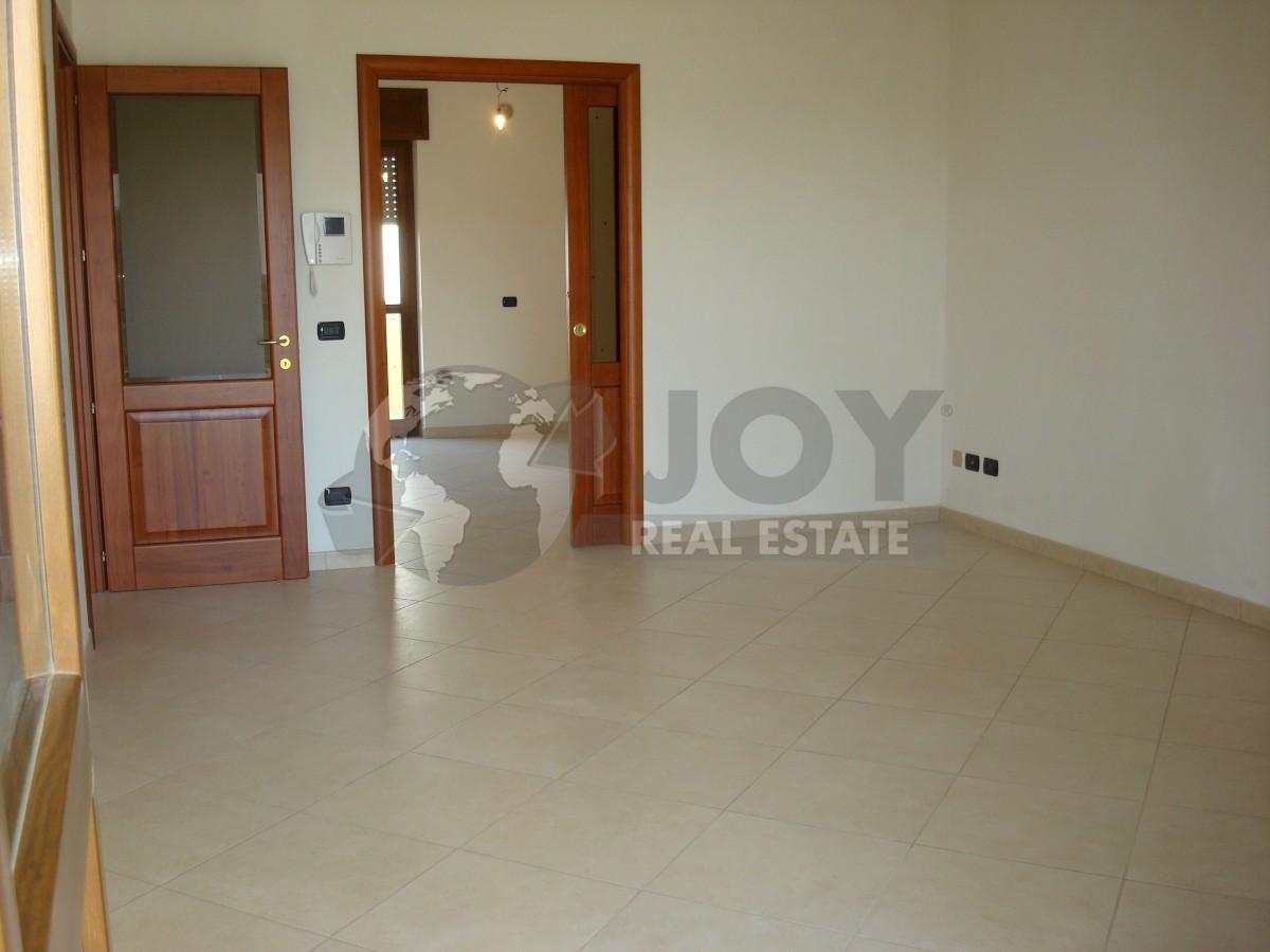 Appartamento in ottime condizioni in vendita Rif. 9707401