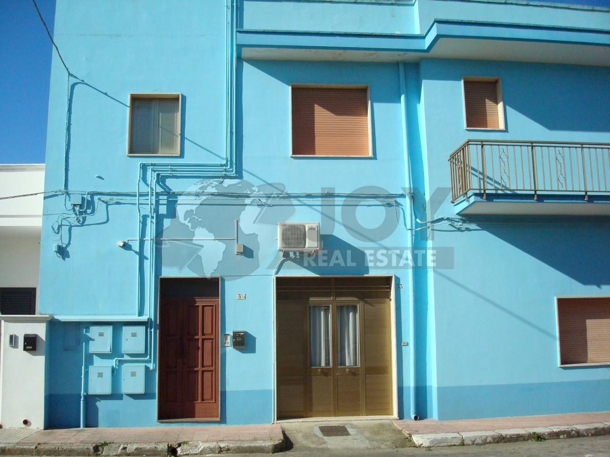 Appartamento in buone condizioni in vendita Rif. 9707395
