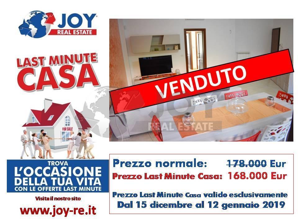 Appartamento in ottime condizioni in vendita Rif. 8947867