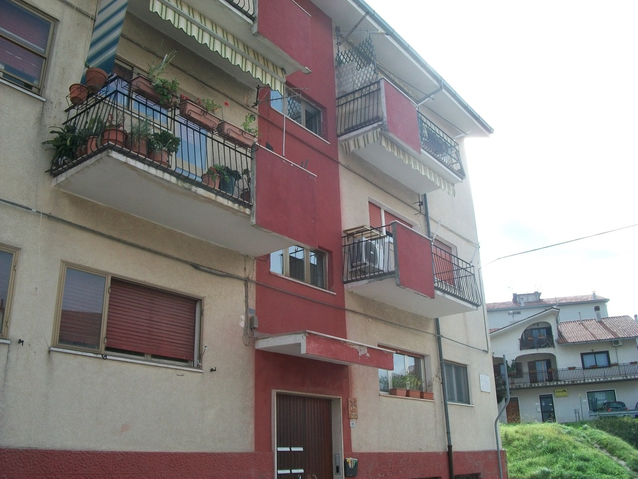 Appartamento in buone condizioni in vendita Rif. 7844094
