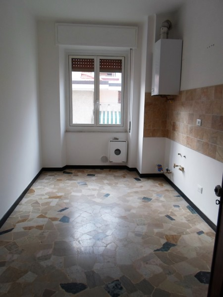 Ampio appartamento centrale